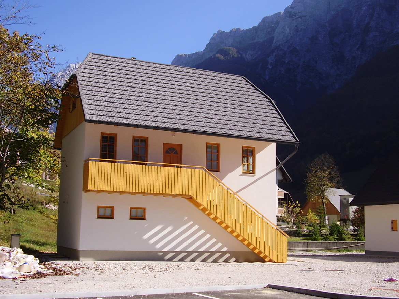 GERARD Shake Dark Silver Соча, Словения